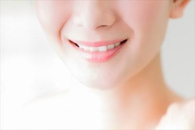 歯を白く戻すにはセルフホワイトニングという方法がある